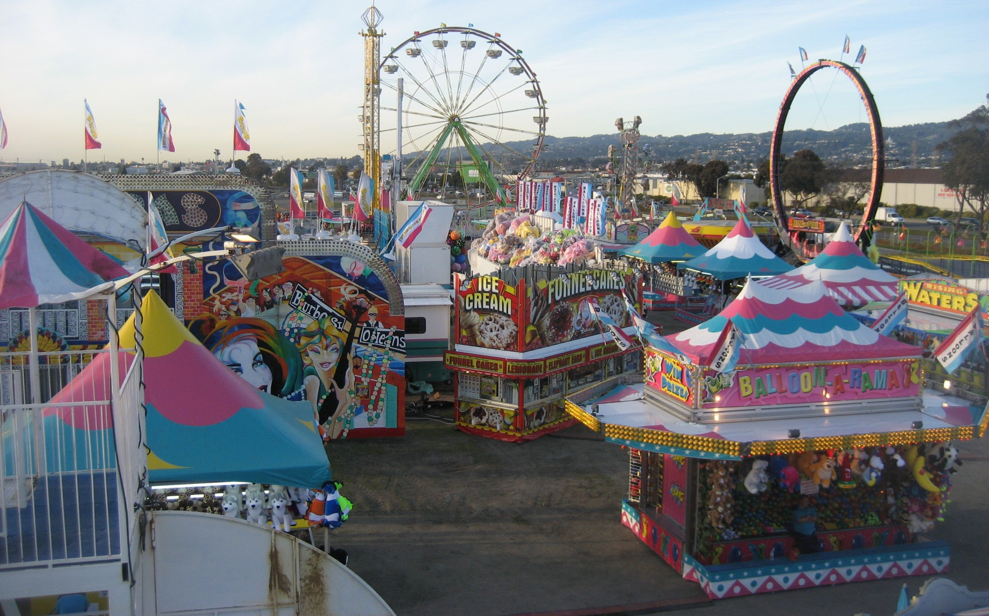eyes like carnivals a writer s year working in traveling carnivals
